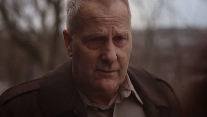 American Rust Season 1 2021 Serija Opis i Radnja Serije, Trailer Tv Series, Strane serije, Imdb Ocjena, Glumci, Trajanje Serije Youtube Screenshot
